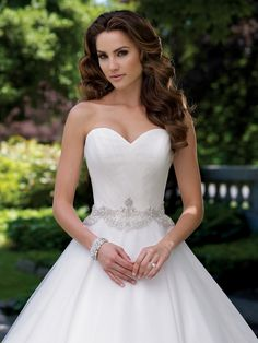 Wedding dresses and bridals gowns by David Tutera for Mon Cheri |Style #113210 - Luella