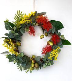 Christmas Reef, Aussie Christmas, Australian Christmas, Natural Christmas, Christmas Stuff, Christmas 2019, Christmas Door Decorations, Christmas Wreaths, Christmas Ornaments