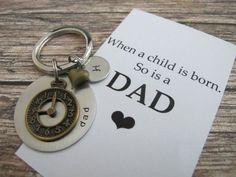 Acest articol vine cu o listă foarte interesantă ce conţine propropunerile noastre de cadouri pentru tata, potrivite oricărei ocazii.