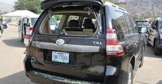 Kaduna state governor Nasir El-Rufai's entourage was attacked by angry protesters in Kafanchan Jemaa local government area yesterday December 20th. The Governor and his entourage were pelted with stones and some of the vehicles broken after addressing some demonstrators immediately after he chaired Kaduna State Security Council meeting in the area. The official residence of the local government chairman Dr.Bege Katuka was also burnt by the protesters. The governors spokesman Samuel Aruwan in…