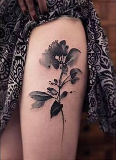 This gorgeous x-ray floral thigh piece.