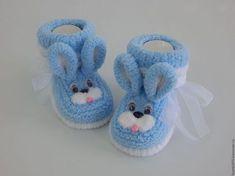 Knit Baby Booties Crochet Baby Booties Crochet Shoes All Free Crochet Easy Crochet Baby Sandals Baby Shoes Baby Bootees Knitting Stitches Crochet Boot Socks, Crochet Baby Sandals, Booties Crochet, Crochet Baby Booties, Knitted Baby Cardigan, Knitted Baby Clothes, All Free Crochet, Crochet For Kids, Knitting For Kids