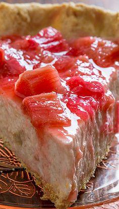 Light Rhubarb Chai Cream Pie