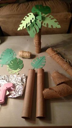 Palm trees out of paper towel rolls!