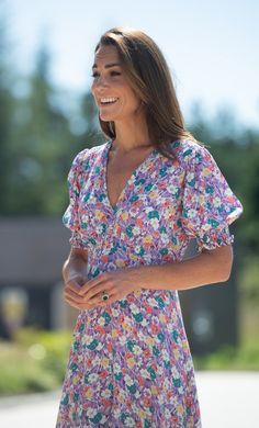 Kate Middleton Outfits, Kate Middleton Photos, Kate Middleton Style, Carole Middleton, Best Summer Dresses, Trendy Dresses, Camilla, Herzogin Von Cambridge, Faithfull The Brand