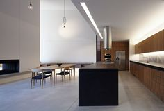 Manning Road House, East Malvern, Melbourne, Australia. Noxon Giffen Architects