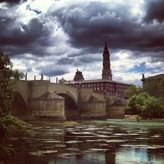Puente de Piedra by @pablodmartin #igerszgz