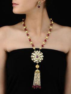 Tassel Jewelry, Bridal Jewelry, Jewelery, Jewelry Necklaces, Lariat Necklace, Modern Jewelry, Handmade Necklaces, Indian Jewelry, Jewelry Crafts