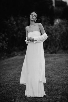non traditional and modern bridal, fourth collection by designer Courtney Illfield Mermaid Dresses, Bridal Dresses, Girls Dresses, Minimal Wedding Dress, One Day Bridal, Vogue Wedding, Contemporary Dresses, Country Wedding Dresses, Marie