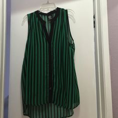 Striped sleeveless top Green and black stripes. Sheer bobeau Tops Blouses
