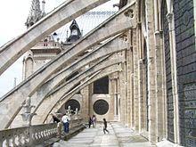 Arc-boutant — Wikipédia