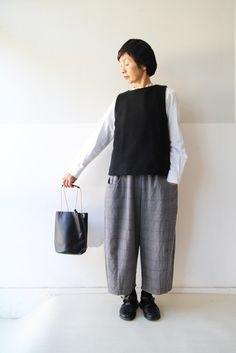 日々の服の画像|エキサイトブログ (blog) Japanese Minimalist Fashion, Minimalist Dresses, Japan Fashion, London Fashion, Casual Outfits, Fashion Outfits, Womens Fashion, Mori Mode, London Stil