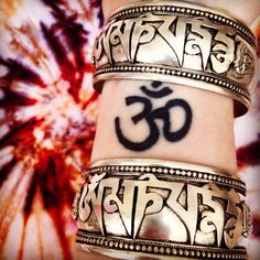 ॐ Amazing Om Mani Padme Hum Cuff- only £10 (AUS $18.16, €12.61, US $16.88) ॐ Check out the website for more at www.ohmboho.com ☯