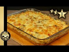 Πίτσα στο ταψί ή αλλιώς Σουφλέ! Greek Recipes, Pork Recipes, Cooking Recipes, Savory Muffins, Savoury Pies, Finger Foods, Lasagna, Macaroni And Cheese, Veggies