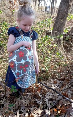Hey, I found this really awesome Etsy listing at https://www.etsy.com/ru/listing/53316194/children-spring-2009-reversible-pinafore