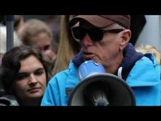 ▶ A Message from Ric O'Barry - stop the dolphin slaughter in Japan