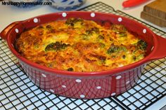 broccoli & cheese casserole tweak swap out most of mayo for Greek yoghurt mushroom soup with cup of soup powder and yoghurt/milk/flour mix cut cheese to 1 cup plus some romaine or parmesan Broccoli And Cheese Recipe, Broccoli Cheese Casserole, Vegetable Casserole, Brocolli Cheese, Side Dish Recipes, Vegetable Recipes, Holiday Recipes, Dinner Recipes, Quiches