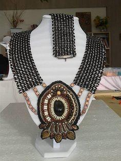 arjadne / hnedý náhrdelník s príveskom