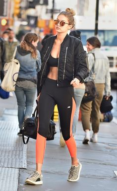 "Gigi Hadid was a pivotal figure in ushering in a new era of ""Athleisure"" style. Athleisure is a combination of street style and athletic wear; Athleisure Trend, Athleisure Fashion, Athleisure Outfits, Sporty Outfits, Fitness Style, Moda Fitness, Fitness Fashion, Fitness Wear, Fitness Tips"