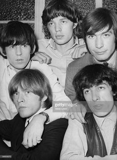 The Rolling Stones, circa 1963. Clockwise from top left, Keith Richards, Mick Jagger, Charlie Watts, Bill Wyman and Brian Jones (1942 - 1969).