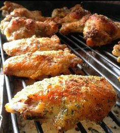 "Chicken Ranch Wings! "":ohyeaah"" @allthecooks #recipe #chicken #wings #dinner #ranch #appetizer"