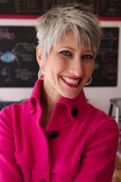 Deze Dames Van 40+ Bewijzen Dat Ook Zij Super Mooi En Trendy Zijn FacebookPinterest