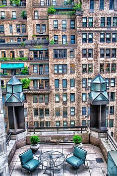 What a view a rooftop garden in Manhattan, New York #getpartystarted                                                                                                                                                     More