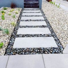 34 Stunning Stepping Stones Pathway Design Ideas - Decorating your garden with the stepping stones is a unique way to personalize and make your garden stand out. Stepping stones are often used to give . Backyard Walkway, Small Backyard Landscaping, Front Walkway, Stone Backyard, Garden Steps, Diy Garden, Stepping Stone Pathway, Concrete Stepping Stones, Pebble Walkway Pathways