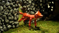 The fox and the wall by Olivia Huynh. Fox puppets: Juliana Chen