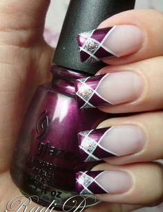 purple holiday nail art