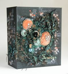 Beautiful album with lots of close up pictures of all the pages