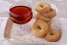 Rosquillas dulces de anís y vino con aceite de oliva. Receta Cookie Recipes, Dessert Recipes, Desserts, Brownie Cookies, Vegan Sweets, Recipe Collection, Bagel, Olive Oil, Donuts