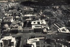 Foto aerea della Città Universitaria Anno: 1930 War Photography, Old Photos, City Photo, Rome, Senior Boys, Fotografia, Pictures, Old Pictures, Vintage Photos