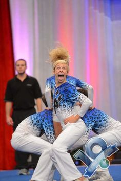 19 of the most awkward cheerleader faces you could ever see - Crazy People Cheerleading Fails, Funny Cheerleader, Cheer Fails, Male Cheerleaders, Cheerleading Photos, Gymnastics Fails, Super Funny, Funny Cute, Hilarious
