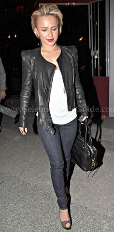 Hayden Panettiere Photos - Actress Hayden Panettiere seen leaving the BOA Steakhouse after dinner in West Hollywood, CA. Hayden was sporting a new short hair cut. - Hayden Panettiere Leaving BOA Steakhouse In West Hollywood Short Girl Fashion, Hayden Panettiere, Arte Pop, Edgy Outfits, Celebs, Celebrities, Petite Fashion, Style Guides, Winter Outfits