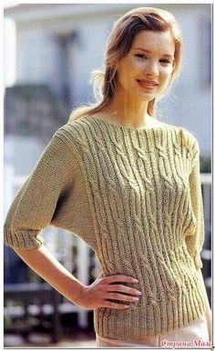 """Пуловер с косами и рукавом """"летучая мышь"""". Спицы."""