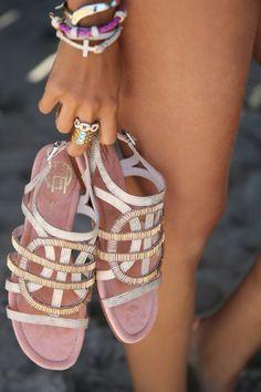 Magnificas Sandalias de moda   Colección de Sandalias de verano