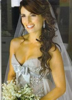 Wedding hair side curls