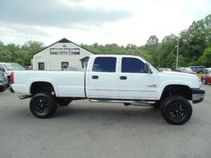 WWW.EMAUTOS.COM LIFTED 2006 Chevrolet Silverado 2500Hd LT Crew Cab 4x4 Long Bed DURAMAX DIESEL TRUCK FOR SALE In Locust Grove VA - E & M Auto Sales #Emautos