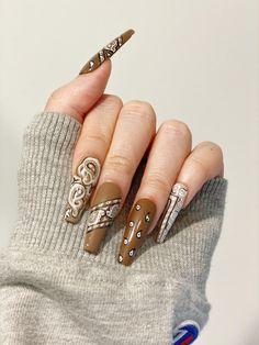 Kylie Nails, Edgy Nails, Stylish Nails, Trendy Nails, Rodeo Nails, Nike Nails, Bandana Nails, White Acrylic Nails, Brown Nails