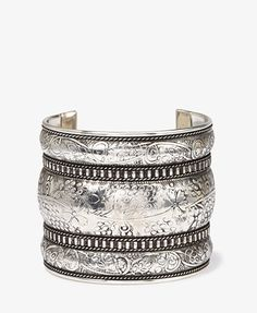 Floral-Etched Southwestern Cuff   FOREVER 21 - 1046202201
