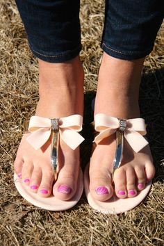 Crystal Bow Sandal – Busy Bella Boutique