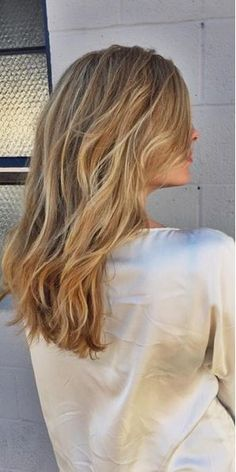 beige and butter blonde highlights - love this combo