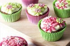 Maak de mooiste cupcakes voor de liefste moeder - Chocolate chip cupcakes - Recept - Allerhande