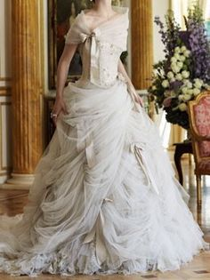 love this gown love love it