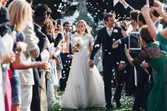 Refined and Romantic Destination Wedding in Tuscany http://bridalmusings.com/2017/07/refined-and-romantic-destination-wedding-in-tuscany/?utm_campaign=crowdfire&utm_content=crowdfire&utm_medium=social&utm_source=pinterest