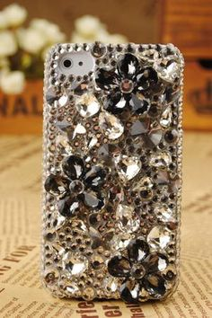 sparkly cell phone case. sparkles...