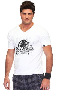 Bastian, camisetas blancas con estampados Y CUELLO V, pantalones a cuadros, muñequera AAAUUUU