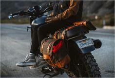 A Pack Animal é uma nova marca originada em Seattle que constrói belos produtos para serem usados nas motos com um estilo clássico e materiais resistentes a qualquer variação do tempo. A Mala para Motos tem um estilo vintage, é feit