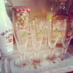 I absolutely adore these cherry glasses! - Sew a little love: Trolley tricks!